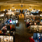 photo-of-holiday-thieves-market-from-daily-iowan